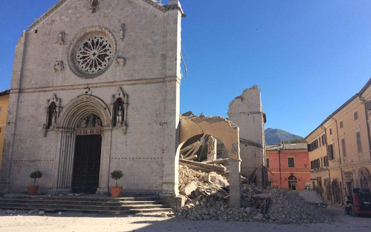 Terremoto Centro Italia, forte scossa di magnitudo 4.2 a Perugia