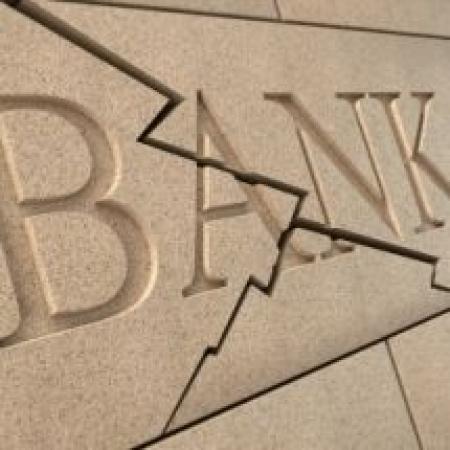 Banche, Di Maio: Visco svela pressioni Renzi su Banca Etruria