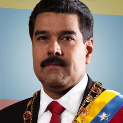 Venezuela, 8 settimane di protesta, 51 morti. Uomo in fiamme
