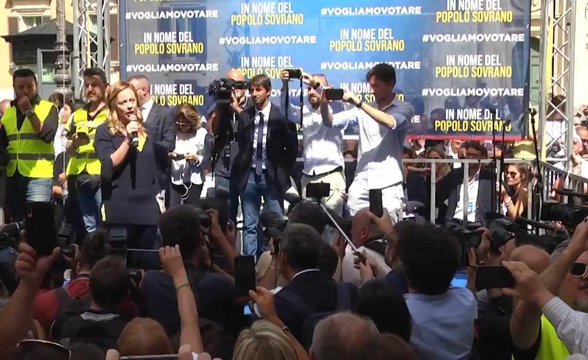 Manifestazione a Montecitorio, il Ministro dell'Interno fa fermare i manifestanti
