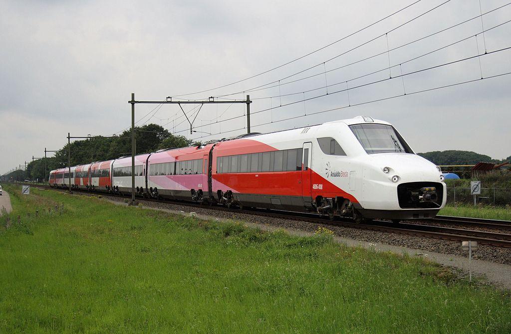 Risultati immagini per treno agenzia stampa italia